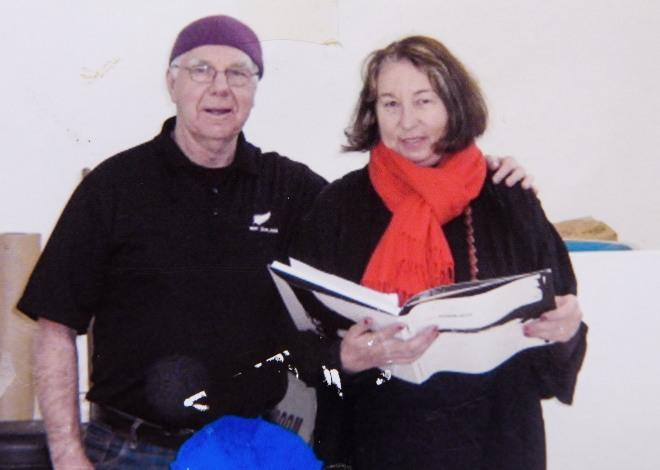 New Zealand artist Jane Hyder and New Zealand artist Max Gimblett at Massey University workshop.